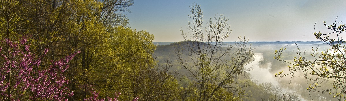 View of the Green River early in the morning from atop a bluff at High View Hill Park.